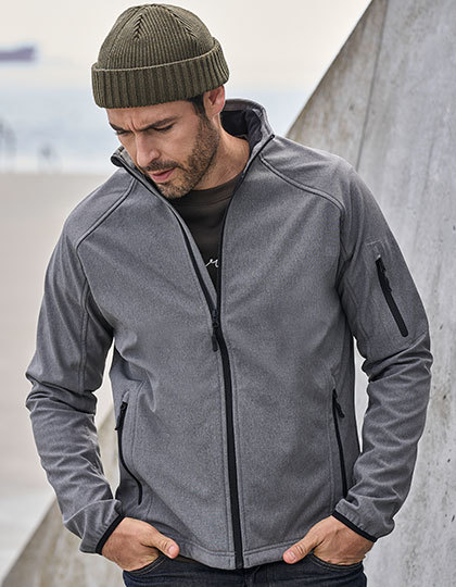 Lightweight Performance Softshell